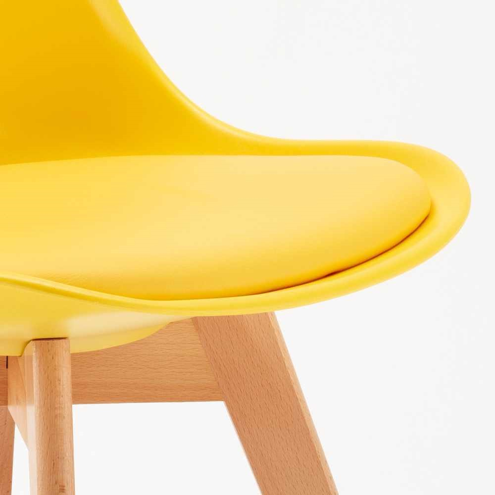 Chi tiết mặt nệm ghế eames