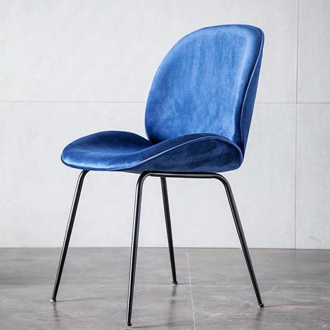 Ghế ăn Beetle chair chân sắt