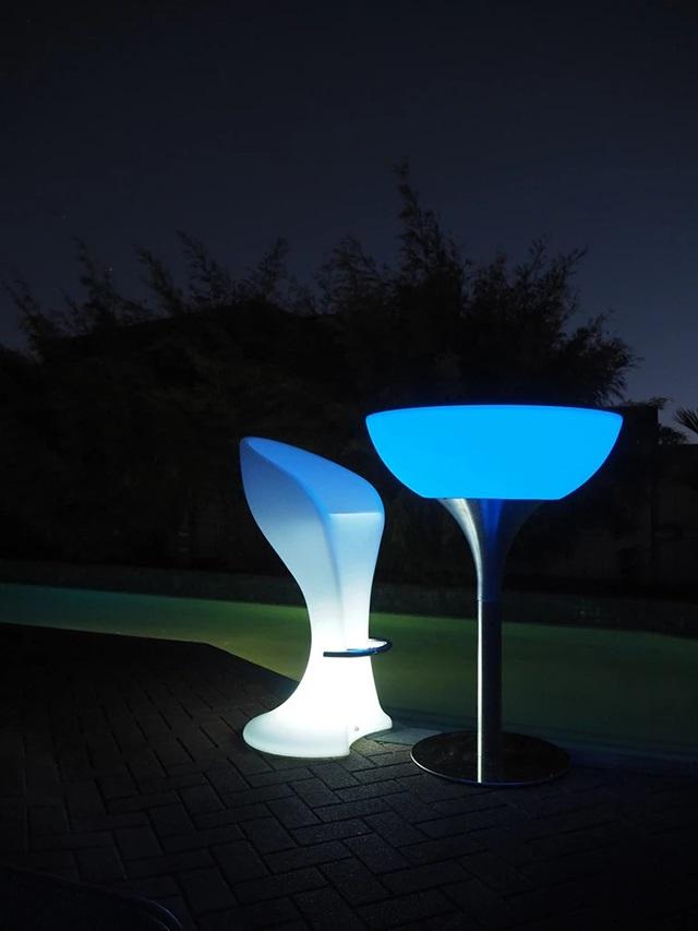 Top bàn ghế phát sáng đẹp