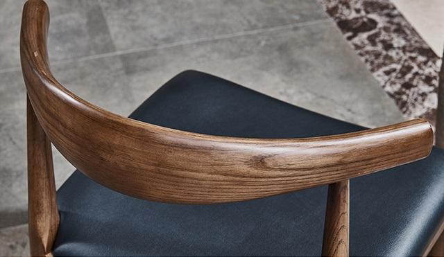 Ghế Bull gỗ Ash tự nhiện WC177