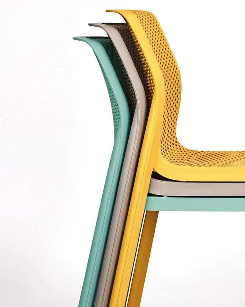 Ghế nhựa Bit có khả năng xếp chồng